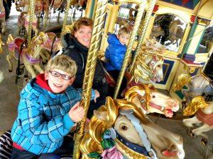 De carrousel van Lancelot in Disneyland