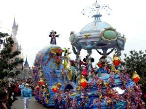 Mickey in de Parade van Disneyland