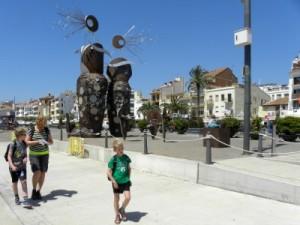 Wandelen op de boulevard van Cambrils
