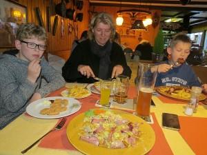 Eten in het restaurant van Camping Kinzigtal
