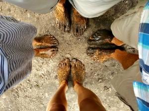 Onze voeten na het Blotevoetenpad in de Hoge Kempen
