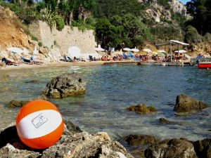 Strandje bij Paleokastritsa op Corfu