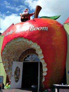 De ingang van de Holle Bolle Boom