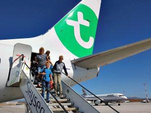Aankomst op het vliegveld van Athene