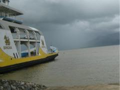 Hoosbui op komst bij de veerboot naar Koh Chang