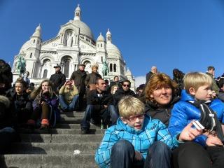 Op de trappen van de Sacre Coeur