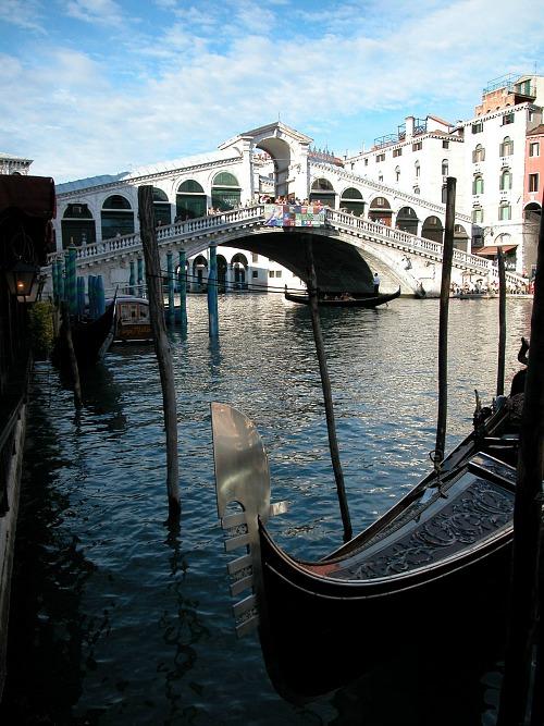 Ponte Rialto in Venetië