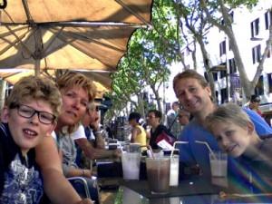 Een selfie op een terras op Las Ramblas