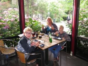 We genieten van het Oosterse buffet in Tivoli