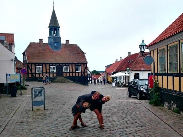 Even poseren in het stadje Ebeltoft