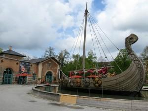 Vikingschip voor het Museum