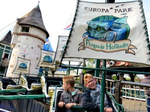 Zeb en Tycho in de Vliegende Hollander in Europapark