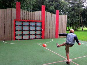 Digitale voetbalmuur bij CenterParcs de Eemhof