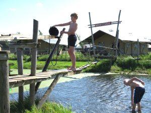 De Waterpretweide bij FarmCamps de Stolkse Weide