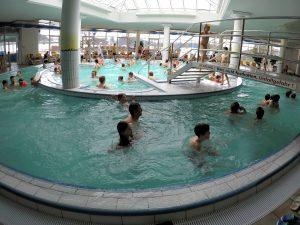Het zwembad in Nesselwang