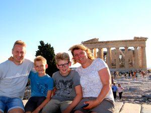 Een mooi familieportret op de Akropolis