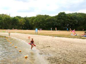 Strandje bij recreatiepark het Rutbeek