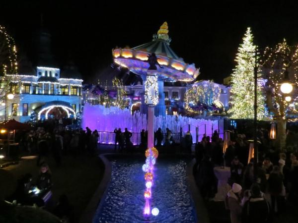 Mooie verlichting bij Wintertrouw Phantasialand