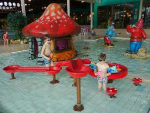Spelen in het kabouterbad