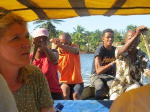 We laten ons varen over het Pangalanes kanaal